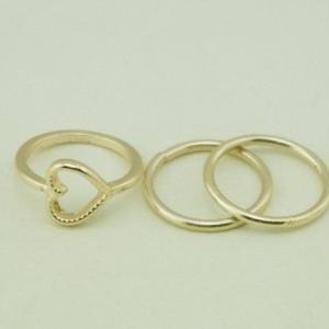Total 4 pcs heart leaves rings
