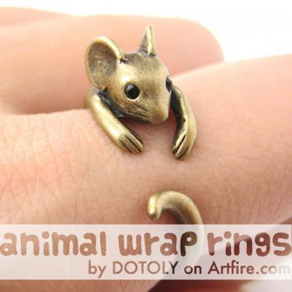 Realistic Mouse Animal Wrap Around ..