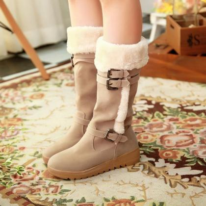 Stylish Suede Winter Boots In Apric..