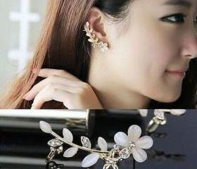 Women Fashion Flower..